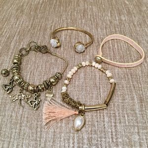 Jewelry - 💝 Bracelet 4 Pack